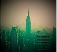 Manhattan Skyline + Empire State Building (Alan Copson © 2007) Photographic Print