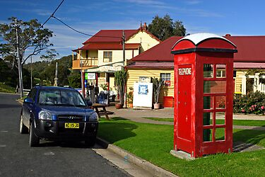 Old Phone Box - Central Tilba by Darren Stones