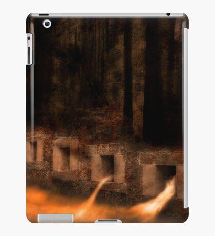 Man v Nature iPad Case/Skin
