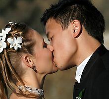 Emerald Beach Wedding - KISS by Normf