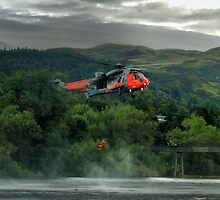Sea King helicopter rescue drill, Stirling  by Alisdair Gurney