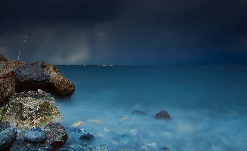 The storm by Kostas Petrakis