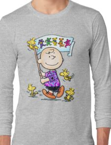 Wave that flag Charlie Brown Long Sleeve T-Shirt