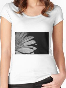 Sepia Daisy Women's Fitted Scoop T-Shirt