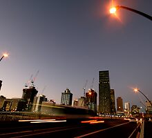 Rush Hour - Brisbane City by Kane Gledhill