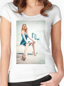 Prestige Women's Fitted Scoop T-Shirt