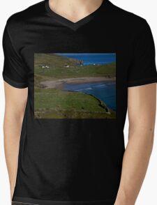Traloar Beach, Muckross Head, Donegal Mens V-Neck T-Shirt