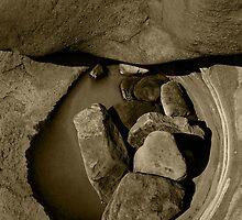 Z-Bend Rock Pool by Luke Martin