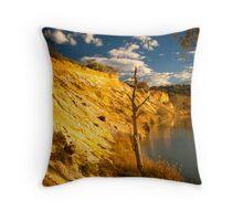 Murray River Cliffs Throw Pillow