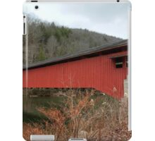 Freshly Rejuvenated Hillsgrove Covered Bridge iPad Case/Skin