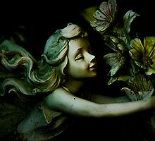 Statue - Fairy Flowers by Kory Trapane