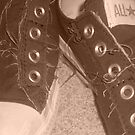 Converse by byh16