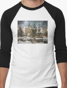 Snowstorm At City Hall Men's Baseball ¾ T-Shirt