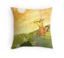 yellow dog on a hill Throw Pillow