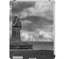 Vigil Sculpture - Kilmore Quay Wexford iPad Case/Skin