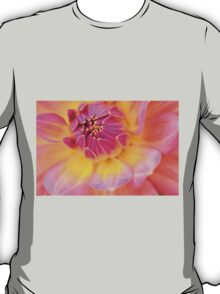 the pink embrace  T-Shirt