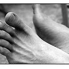 Graptus' Feet by elizart