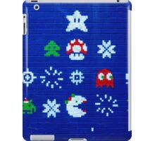 8-bit Christmas Tree Graffiti  iPad Case/Skin