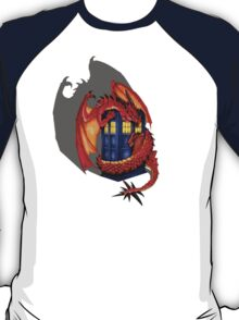 Blue phone box with Smaug The Red wyvern dragon T-Shirt