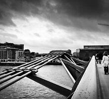 Millennium Bridge 04 by ArnaldoTarsetti