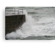 More crashing waves Canvas Print