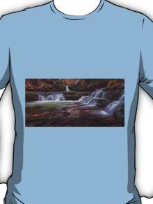 Sgwd Isaf Clun Gwyn falls T-Shirt