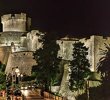 Dubrovnic Fortress and walls at night by Colin Metcalf