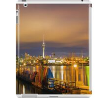 Night Time in the City iPad Case/Skin