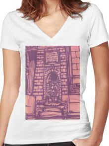 nypl facade Women's Fitted V-Neck T-Shirt