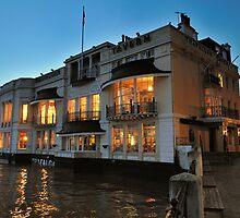 Trafalgar Pub - Greenwich by Lea Valley Photographic