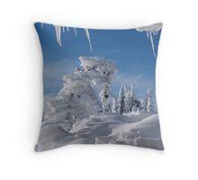 BEAUTIFUL SNOW SCULPTURES Throw Pillow