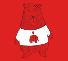 Bear in a t-shirt by David Barneda