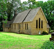 ST JAMES CHURCH OF ENGLAND PITT TOWN NSW by Bev Woodman