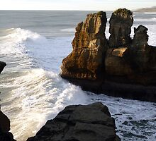 Pancake Rocks...Punakaiki, New Zealand by Magee