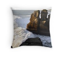 Pancake Rocks...Punakaiki, New Zealand Throw Pillow