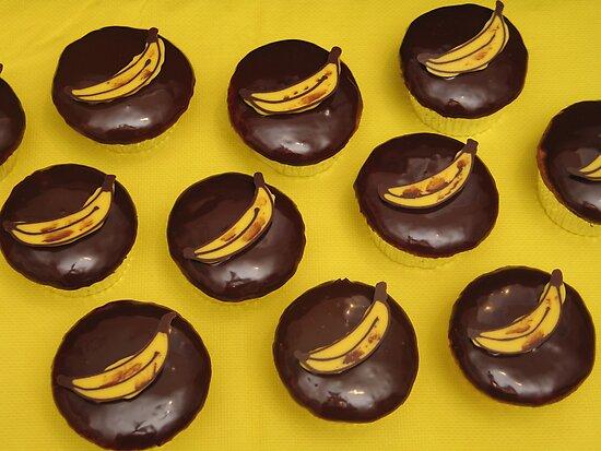 Banana Cupcakes by tali