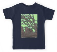 tree silhouettes (gold) Kids Tee