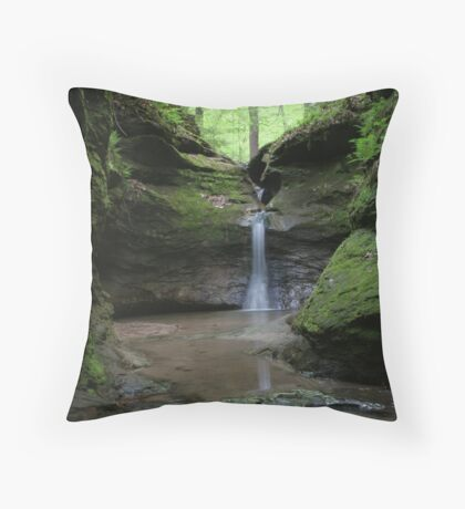 Devil's Punchbowl #4 Throw Pillow