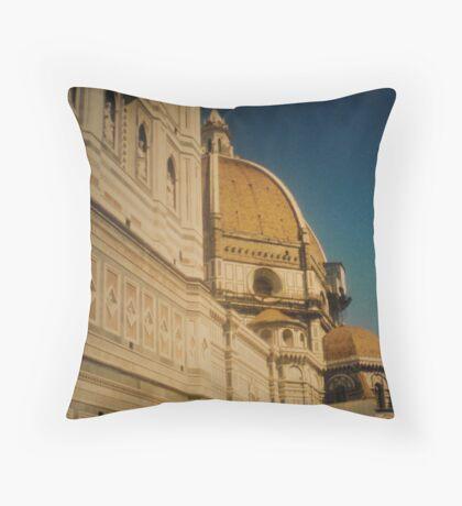 templo Throw Pillow