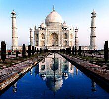Beautiful Taj by amira