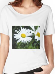 Big Chamomile 2 Women's Relaxed Fit T-Shirt