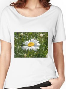 Big Chamomile 5 Women's Relaxed Fit T-Shirt