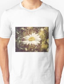Big Chamomile Retro effect Unisex T-Shirt