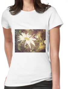 Big Chamomile Retro effect 2 Womens Fitted T-Shirt