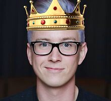Tyler Oakley with Crown by troylerskitty