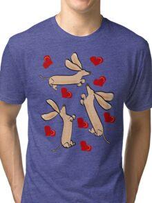 It's raining hearts and hunds Tri-blend T-Shirt