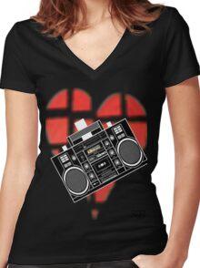 DellaGunnz Women's Fitted V-Neck T-Shirt