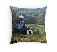 an old country barn Throw Pillow