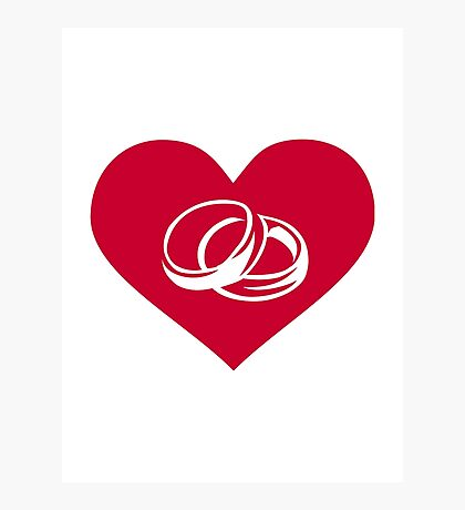 Red heart wedding rings Photographic Print