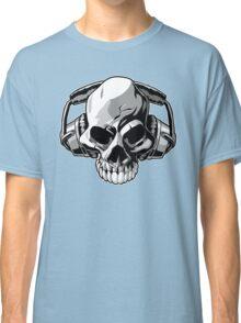 Skull phones Classic T-Shirt